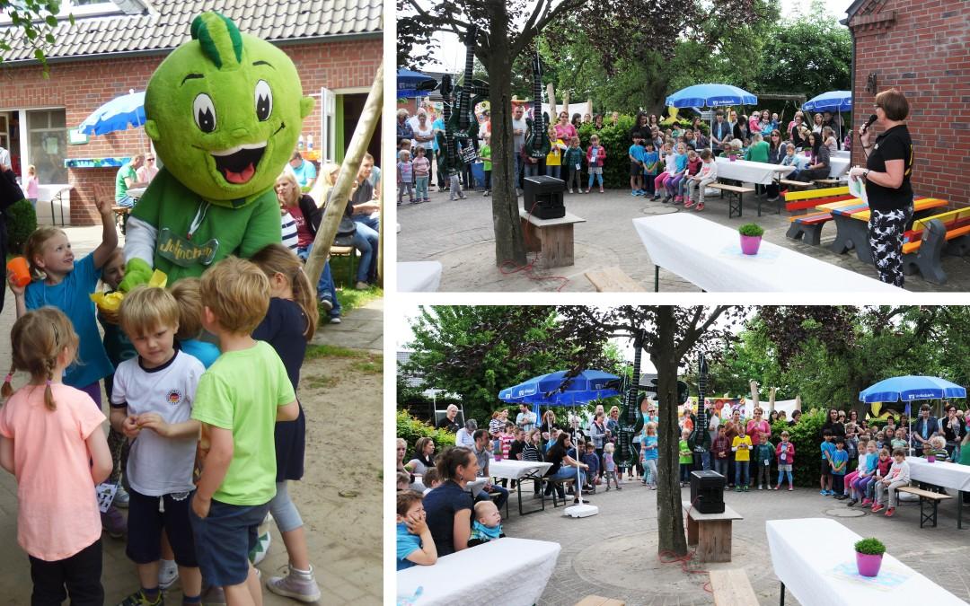 """""""Jolinchen"""" besuchte Familienfest im Städt. Bewegungskindergarten Spatzennest am Keysershof"""